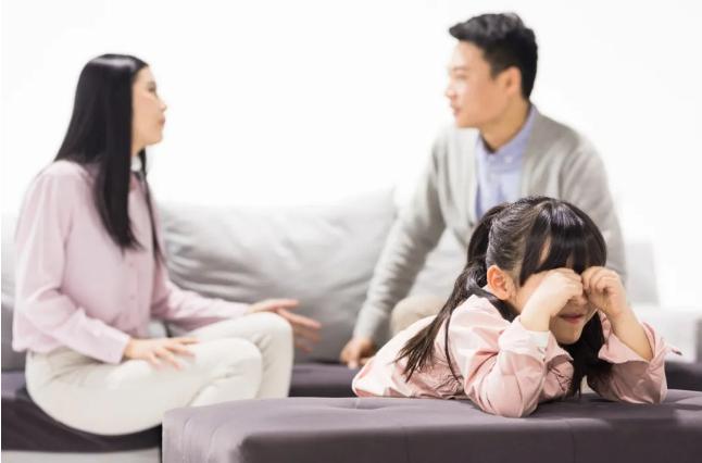 失衡的家庭模式,虎妈猫爸熊孩子,亲子教育,亲子关系